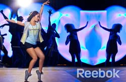 Спортивная одежда Reebok