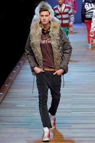 зимнии куртки 2012 в Санкт-Петербурге